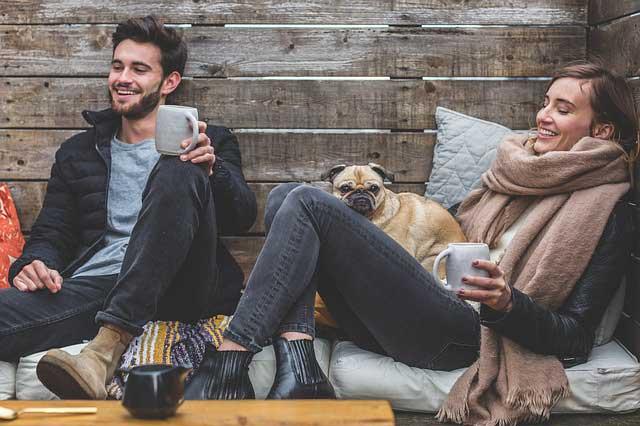 Beziehung auffrischen - Finden sie gemeinsame Rituale, welche auch etwas Abwechslung finden können
